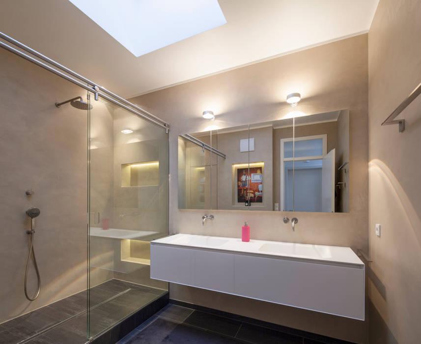 Fugenloses Bad mit Beton Cirè:  Badezimmer von Einwandfrei - innovative Malerarbeiten oHG