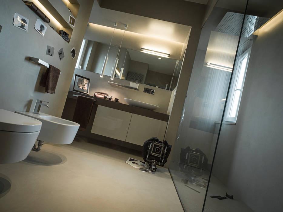 Baños de estilo  por desink.it, Moderno