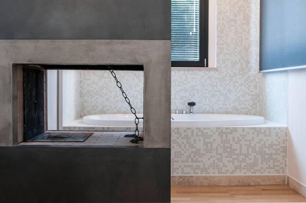 Villa unifamiliare con piscina a foligno (pg): camera da letto in ...