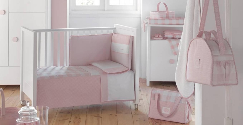 Colección Bebé Rosa de Cambrass: Dormitorios infantiles de estilo  de DINDONBEBE