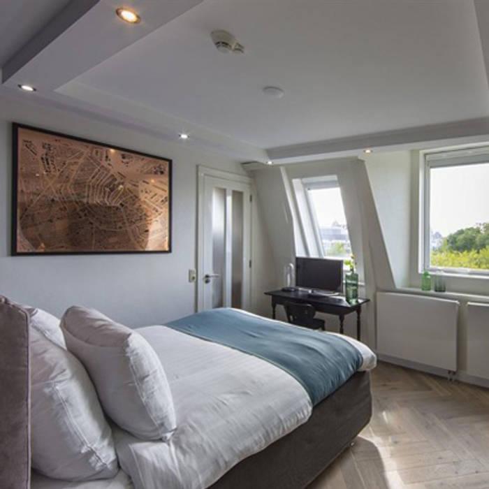 Bedroom. Modern hotels by homify Modern