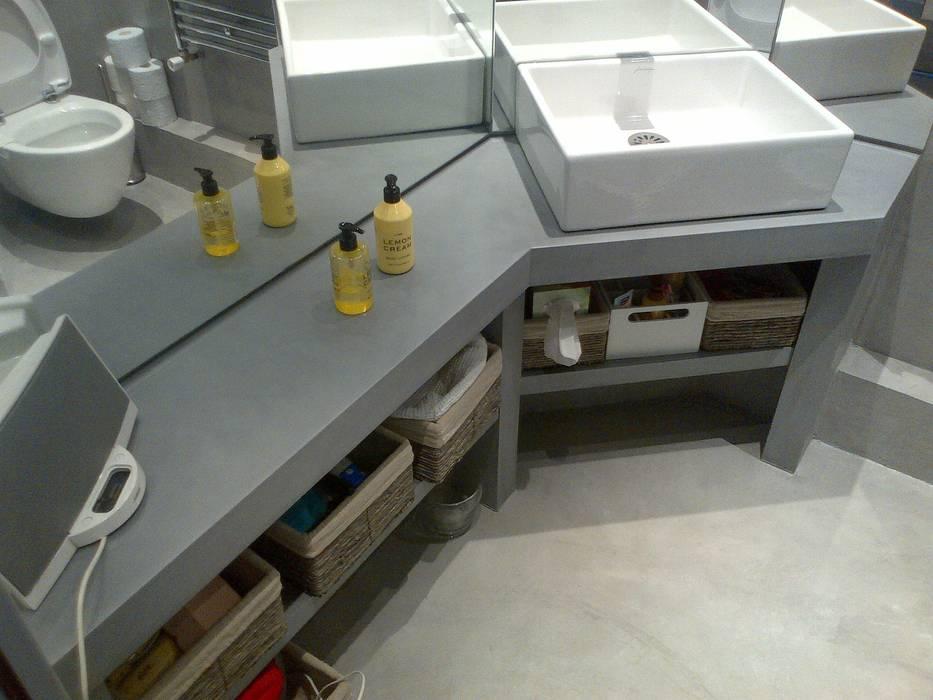 modern Bathroom by Concrete LCDA