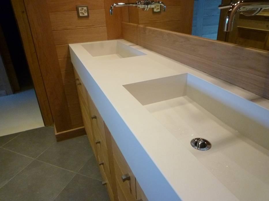 Bathroom by Concrete LCDA