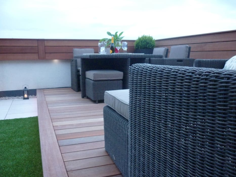 Roof terrace 3: modern  by Paul Newman Landscapes, Modern
