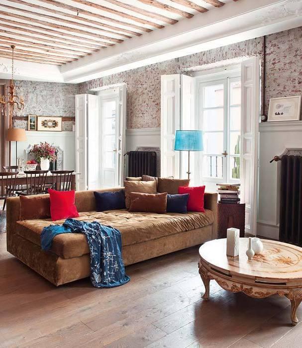 Reforma integral de vivienda Salones de estilo clásico de Simetrika Rehabilitación Integral Clásico