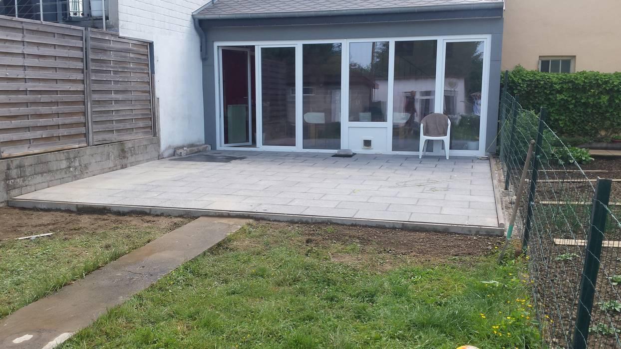 Paved Terrace Oleh Neil Brown - Handyman & Renovations
