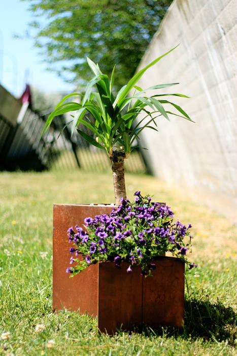 Teide Medium and Small Planter CLASS MANUFACTURING SA JardínJarrones y macetas