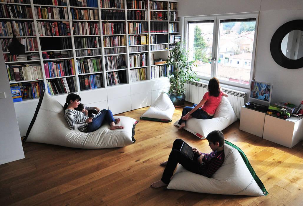 DVELAS Garden Furniture