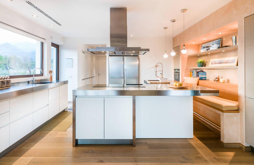 cocina Cocinas de estilo moderno de margarotger interiorisme Moderno