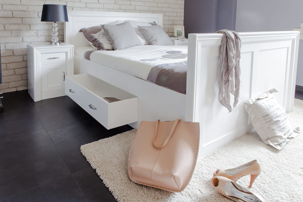 Massiv aus Holz BedroomBeds & headboards