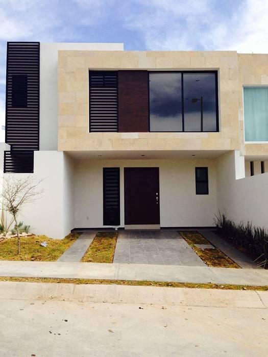 Málaga 01: Casas de estilo mediterraneo por disain arquitectos