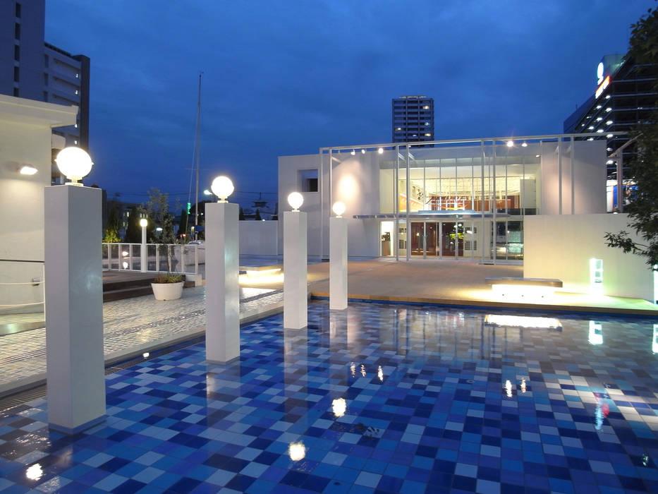海に浮かぶレストラン: ユミラ建築設計室が手掛けた家です。,