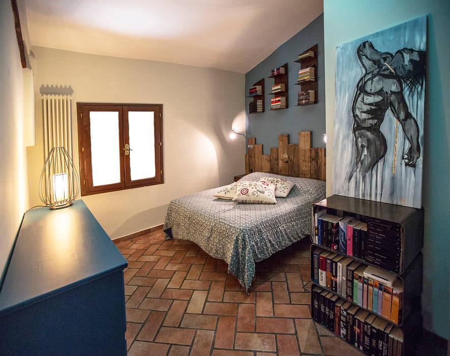 Master bedroom - camera da Letto Padronale Soggiorno eclettico di Rachele Biancalani Studio Eclettico
