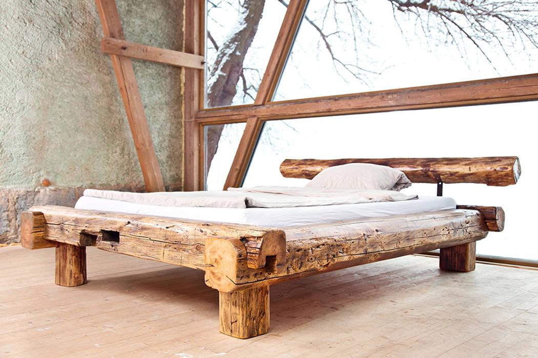 joist bed Rustic style bedroom by edictum - UNIKAT MOBILIAR Rustic