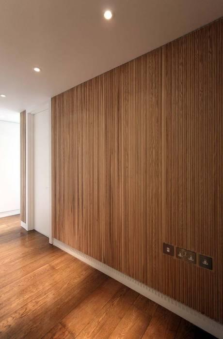 Parliament View Interior Design, Lambeth Bridge, London Case moderne di Residence Interior Design Ltd Moderno
