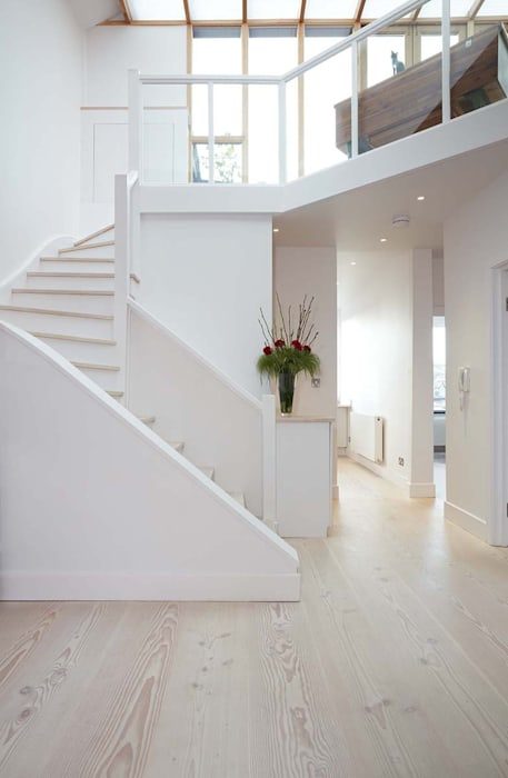 Parliament Hill Interior Design, Hampstead, London 斯堪的納維亞風格的走廊,走廊和樓梯 根據 Residence Interior Design Ltd 北歐風