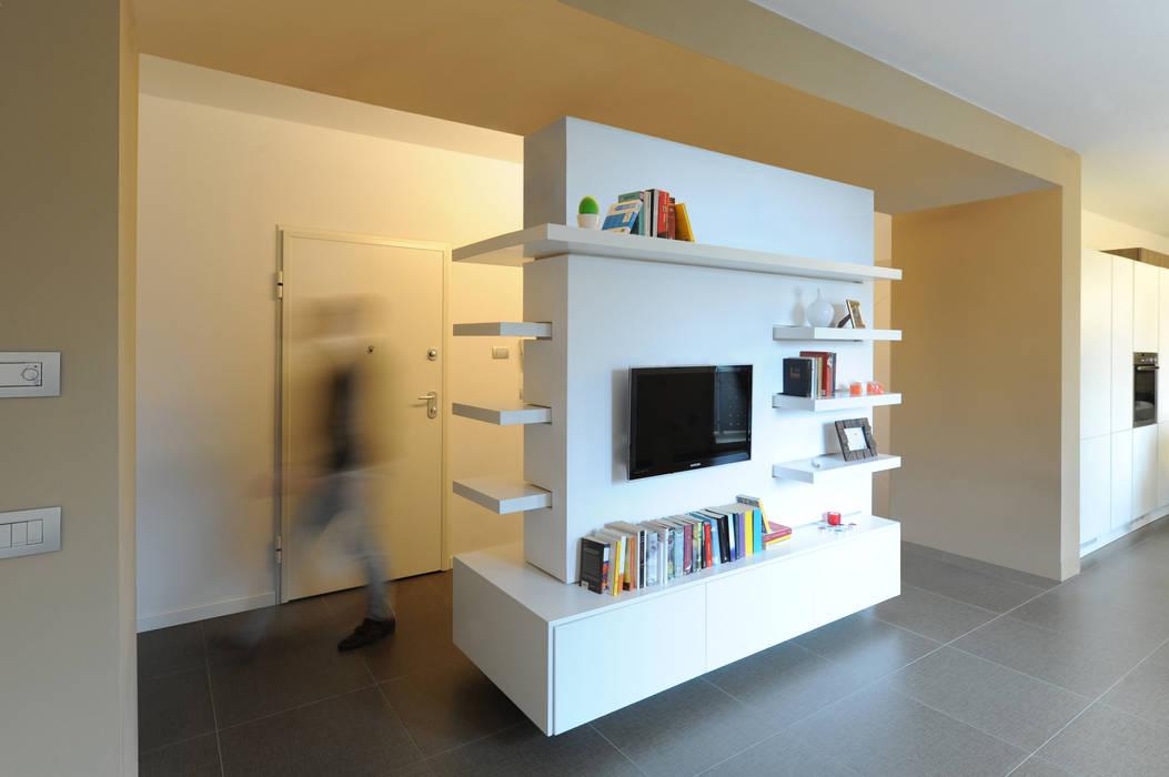 Salas de estar minimalistas por GRAZIANI & DICEMBRINO Minimalista