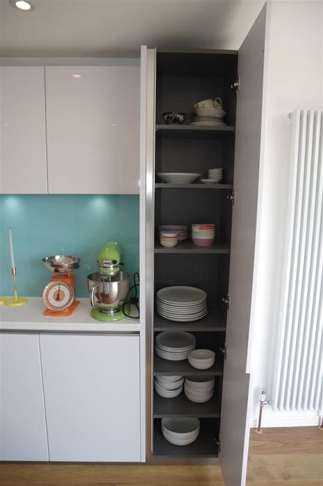 Küche von PTC Kitchens , Modern