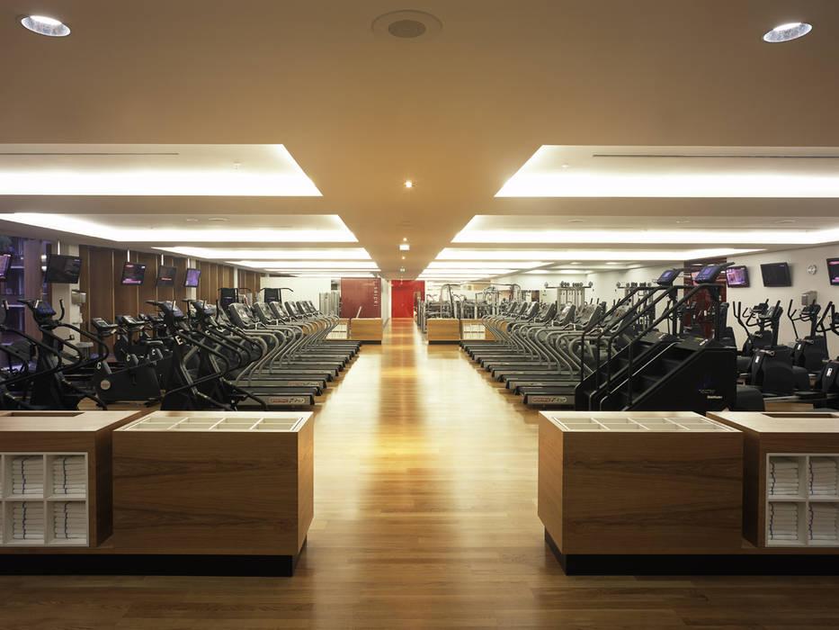Holmes Place, Hamburg Sehw Architektur Moderner Fitnessraum