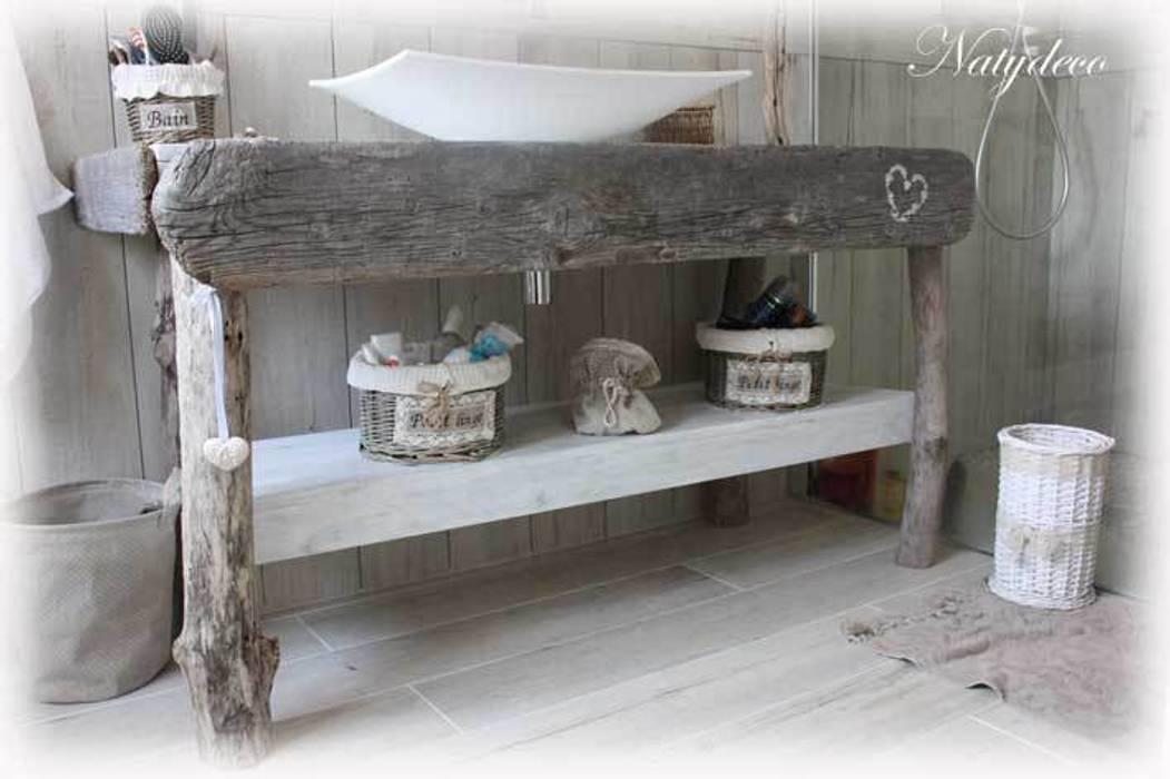 Meuble de salle de bain en bois flotté: maison de style par natydeco ...