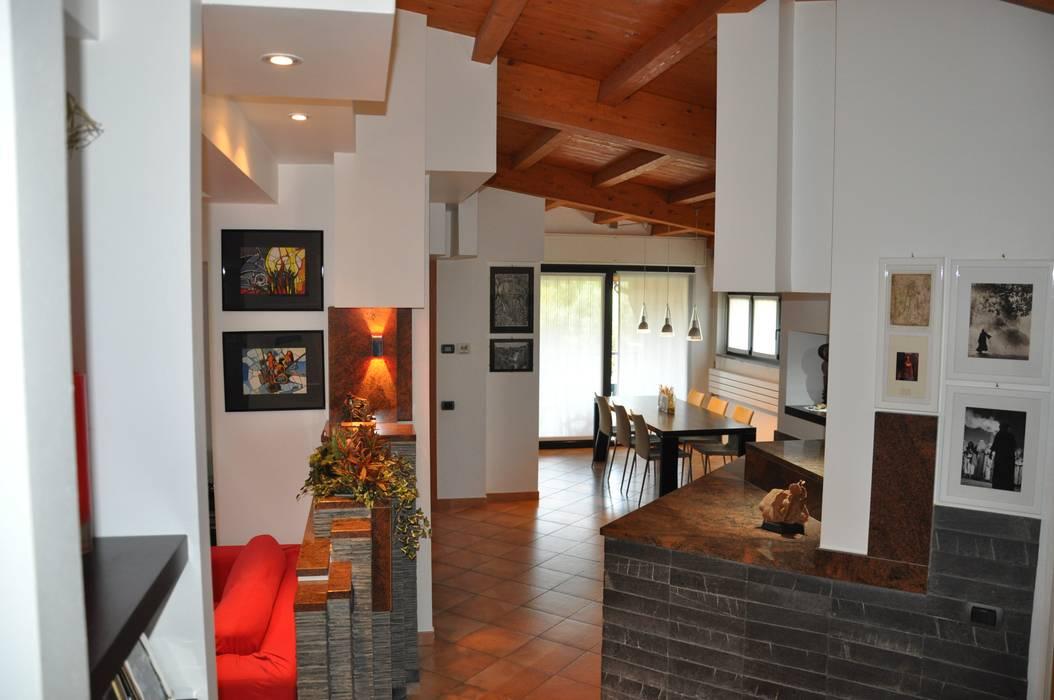 Interior design villa. di F_Studio+ dell'Arch. Davide Friso Moderno