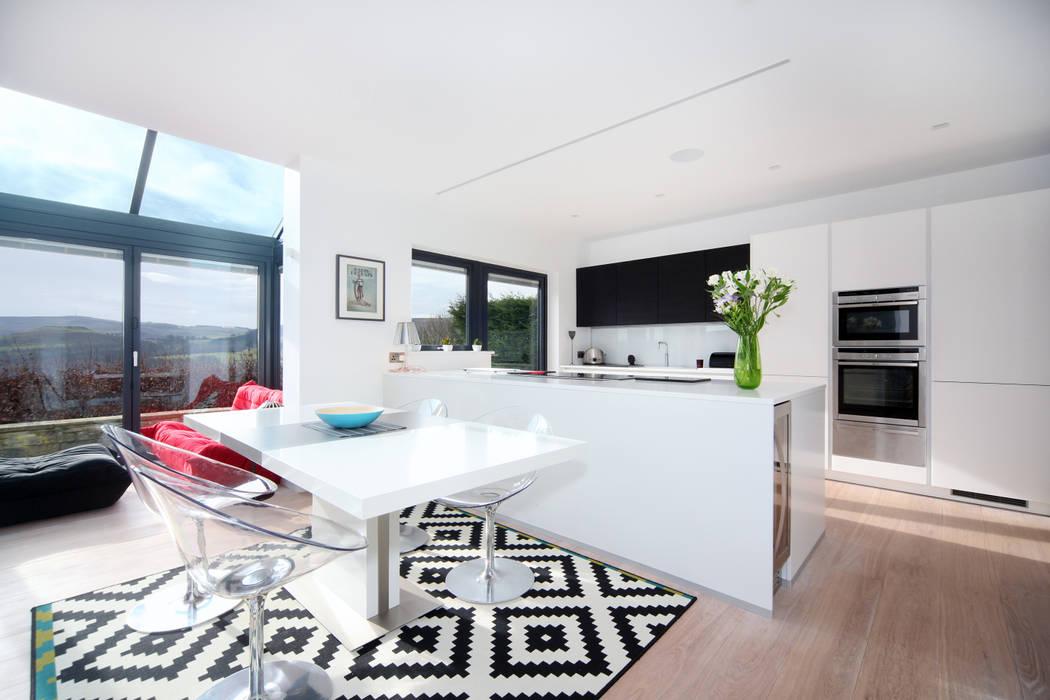 MR & MRS BLANK'S KITCHEN Diane Berry Kitchens Modern kitchen