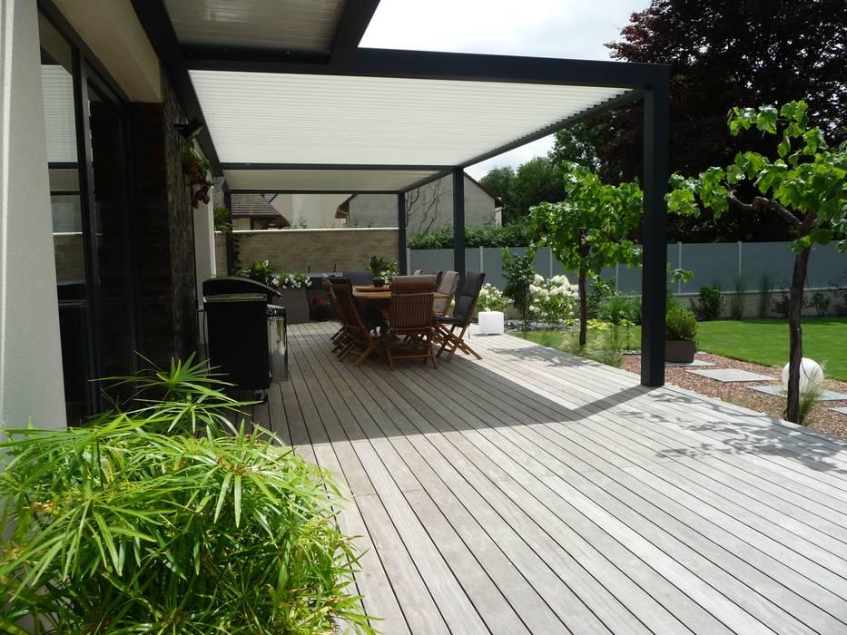 Detente Au Jardin Terrasse De Style Par Ledoux Jardin