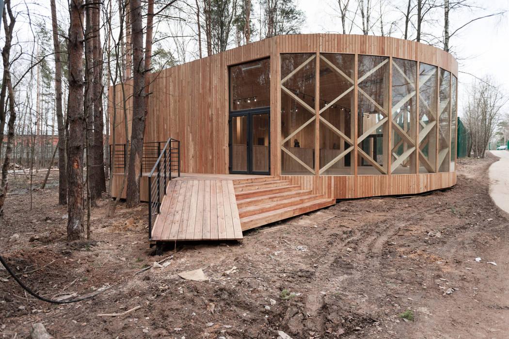 Wooden houses by Alpbau, Minimalist