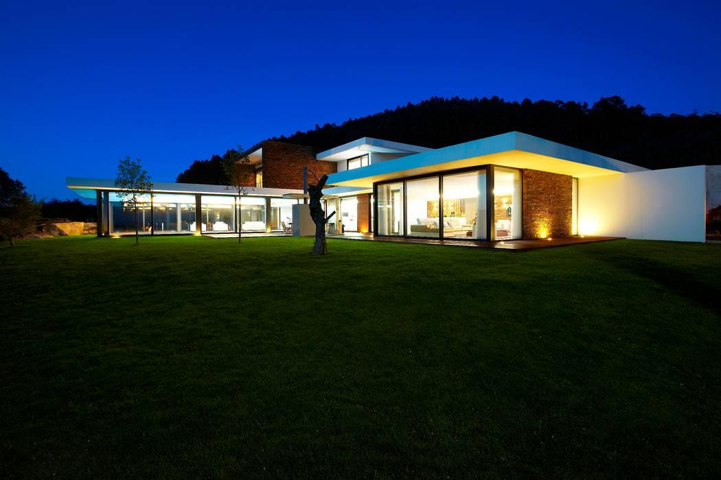 Augusta House Casas minimalistas por Risco Singular - Arquitectura Lda Minimalista
