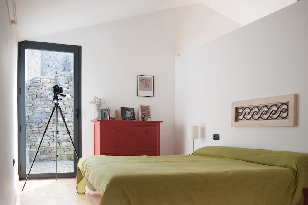 Modern style bedroom by DMP arquitectura Modern
