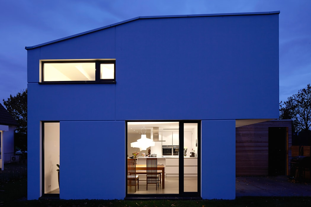 Gartenansicht Moderne Häuser von pier7 architekten gmbh Modern