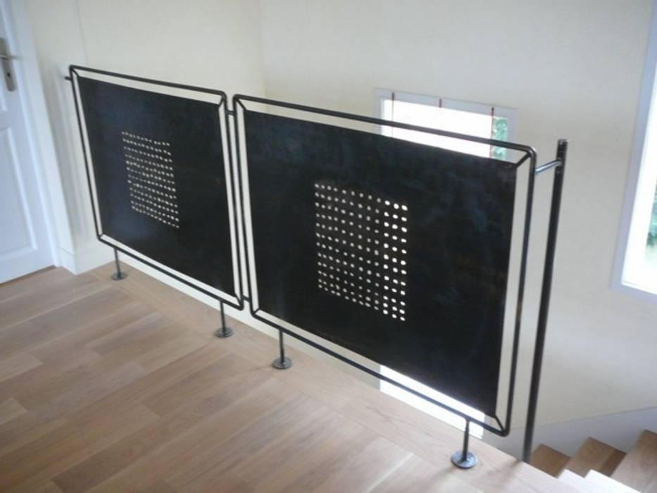 Création de garde-corps en acier par ATELIER MACHLINE Éclectique
