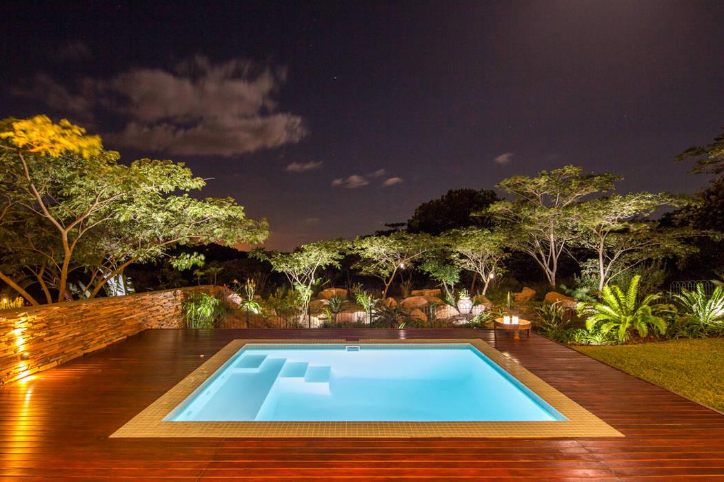 Aloe Ridge: modern  by Metropole Architects - South Africa, Modern