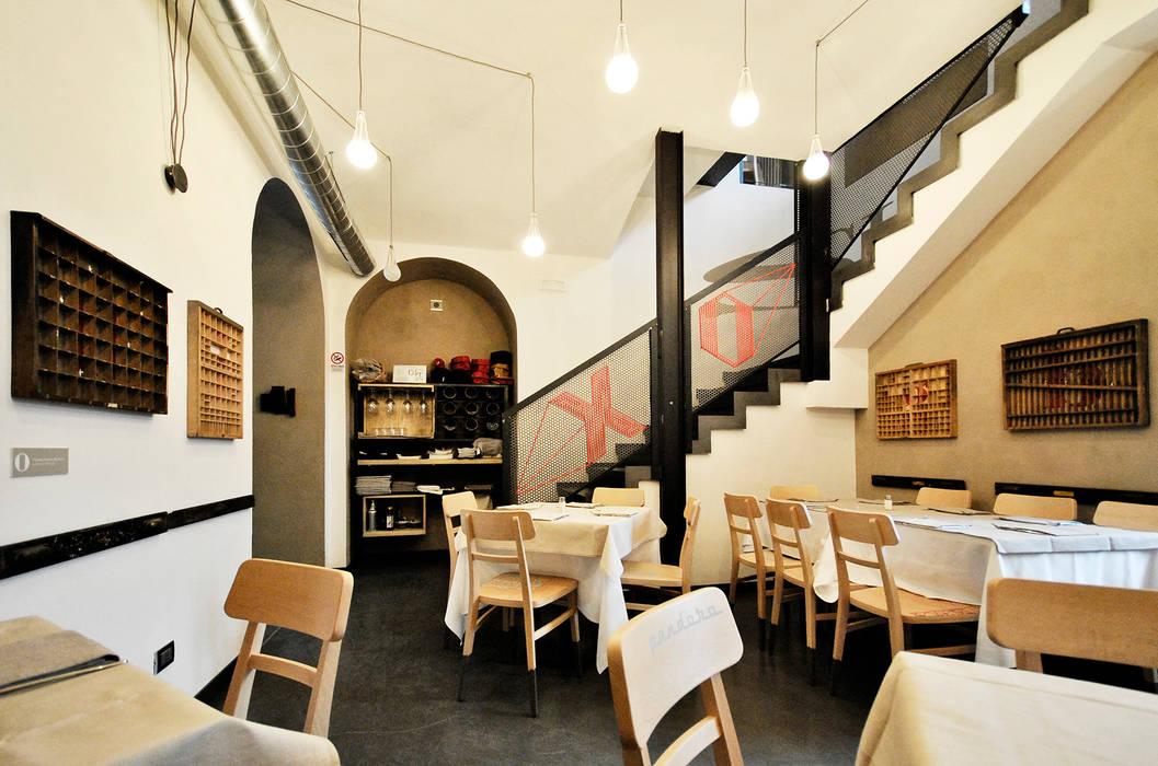 Crostata di pizza alla Perec, progetto di Bellissimo and the Beast: Gastronomia in stile  di yetmatilde