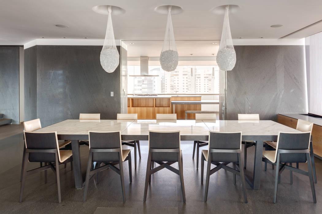 Dining room by ARCHETONIC / Jacobo Micha Mizrahi, Minimalist