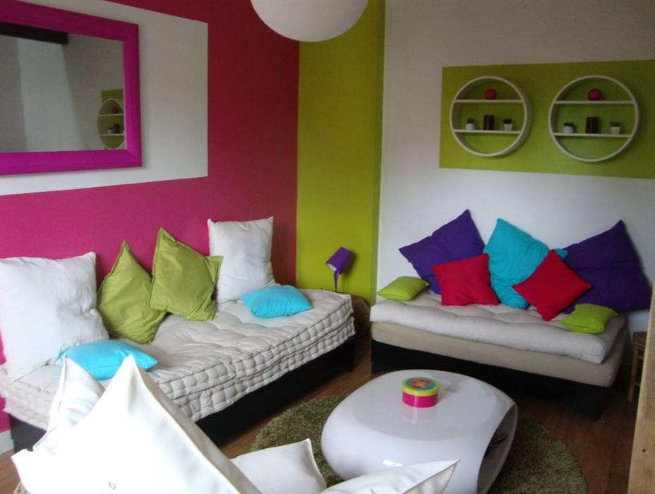 Salon Maisons originales par Katia Rocchia Home Designer Éclectique