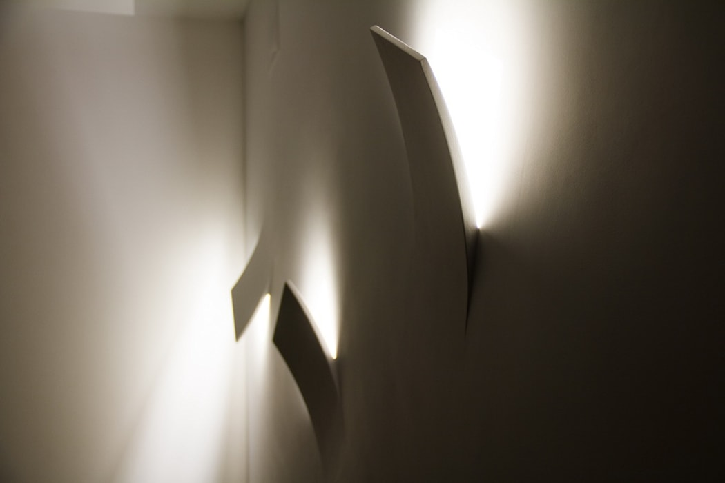 Ristrutturazione di un appartamento: Soggiorno in stile  di Geom. Stefano Feliziani