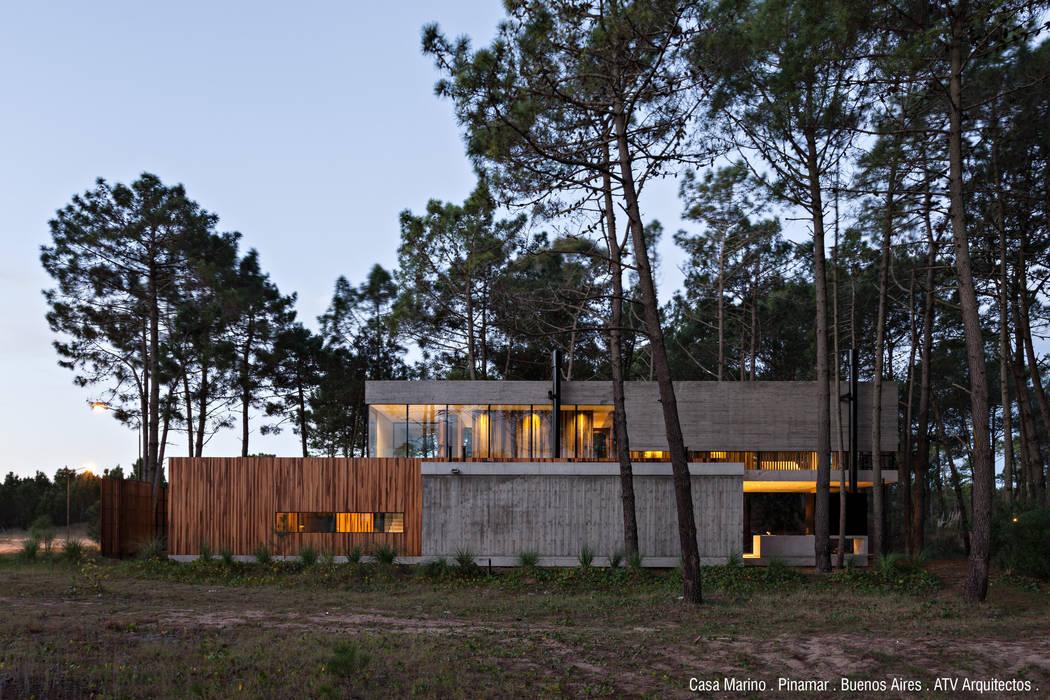 Casa Marino Casas modernas: Ideas, imágenes y decoración de ATV Arquitectos Moderno