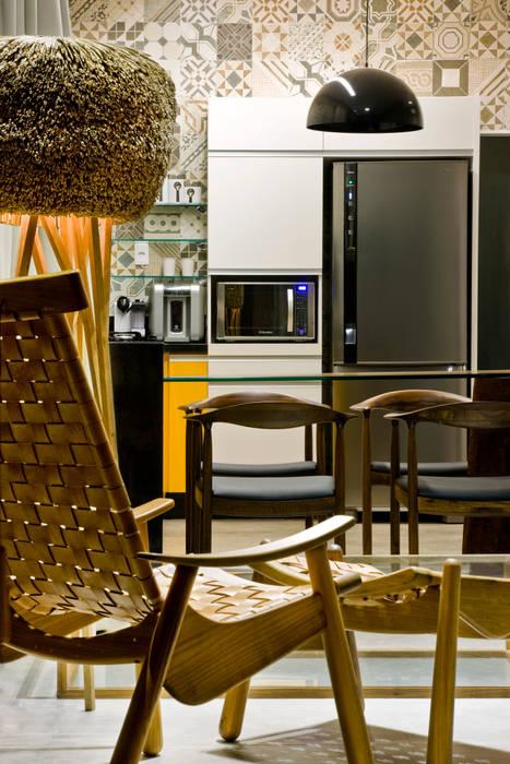 Industriale Küchen von SAINZ arquitetura Industrial