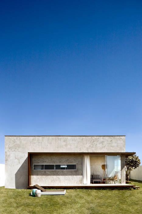 Box House Casas industriais por SAINZ arquitetura Industrial