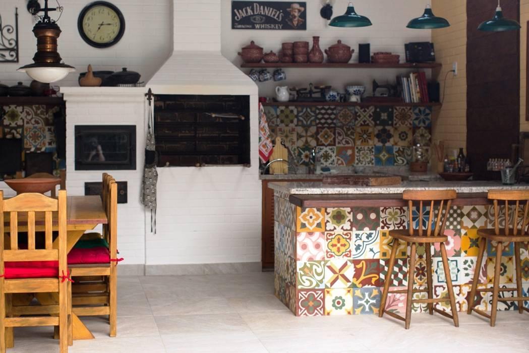 Terrazas  de estilo  por Lúcia Vale Interiores, Rústico