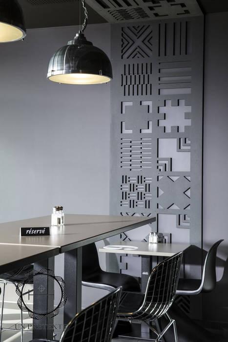 Salle du restaurant Frit'Hous Gastronomie moderne par Soraya Deffar / Un Pretexte Moderne