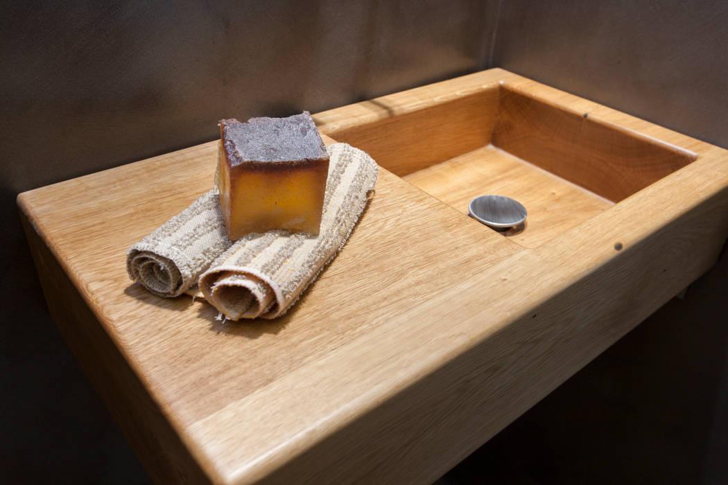 Holz Waschtisch Gaste Wc Badezimmer Von Design By Torsten Muller