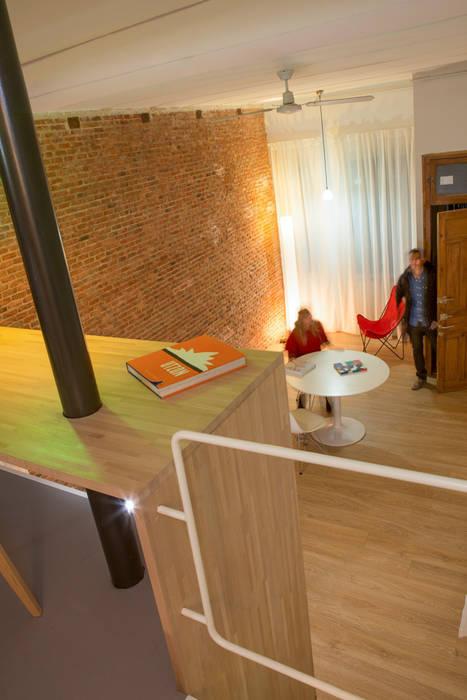 Loft ANDRÉS BORREGO. Madrid: Salones de estilo  de Beriot, Bernardini arquitectos