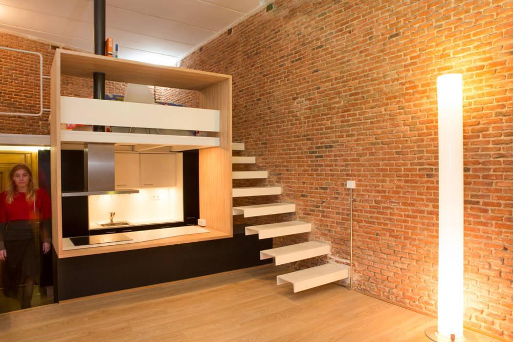 Pasillos y vestíbulos de estilo  por Beriot, Bernardini arquitectos,