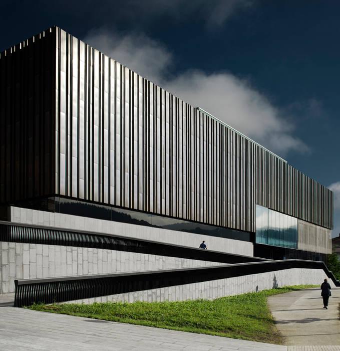 Moderner Fitnessraum von asieracuriola arquitectos en San Sebastian Modern