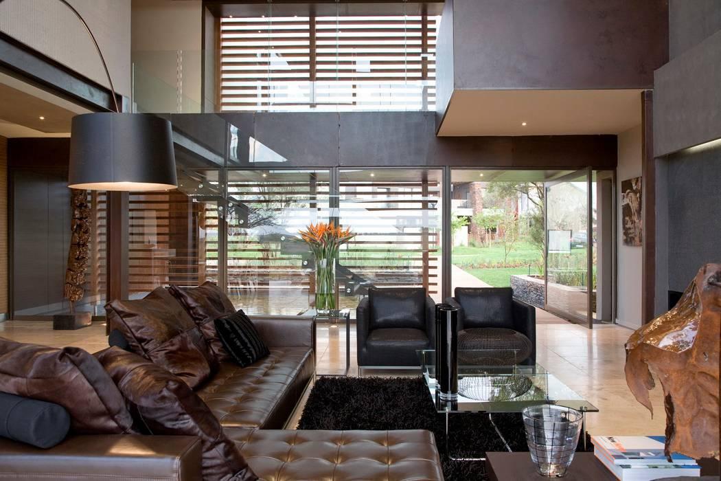 Wohnzimmer von Nico Van Der Meulen Architects , Modern