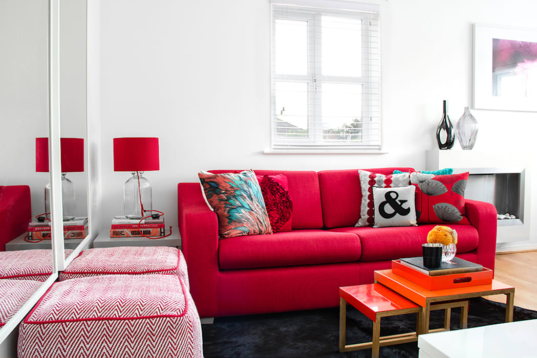 South London Apartment: modern Living room by Bhavin Taylor Design