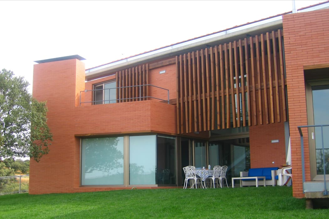 Vivienda La Encomienda Zamora: Casas de estilo  de UA30 Arquitectos S.L.P.