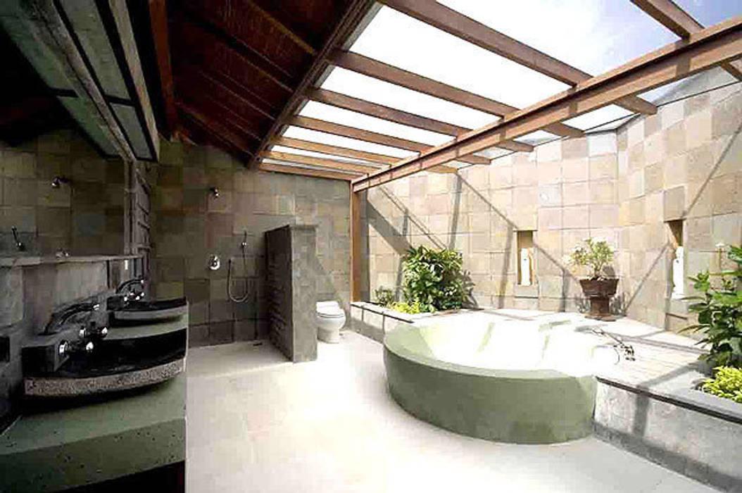 baño de diseño: Baños de estilo  de Ale debali study